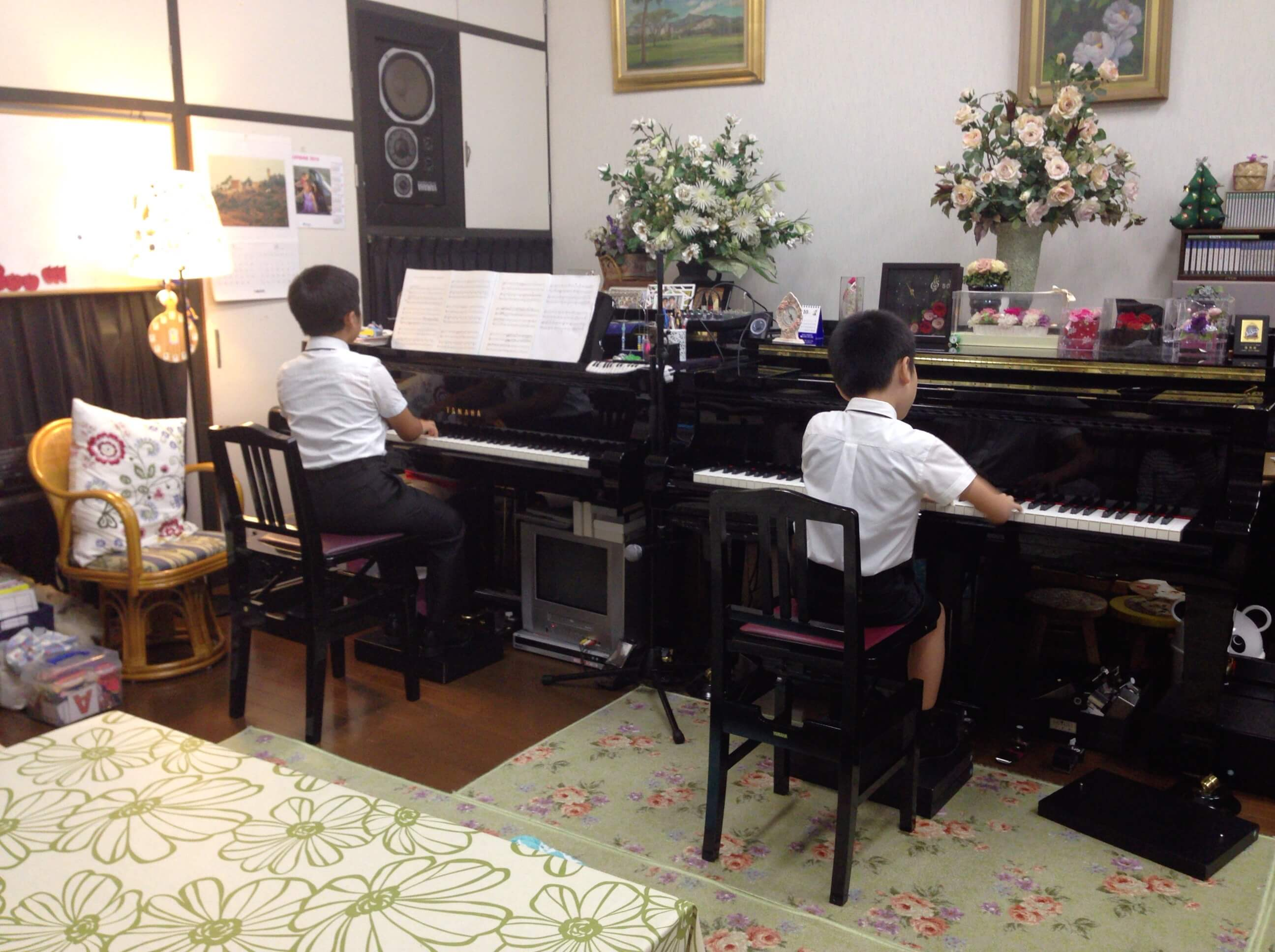 2台ピアノ1